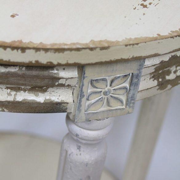 Antikolt körasztal krém 50x68cm